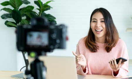 Business Bulletin: Stay in sight, Stay in mind – using video to keep your business message strong